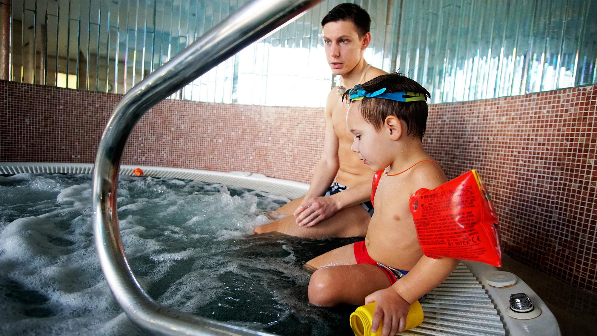 бассейн в Гран-При